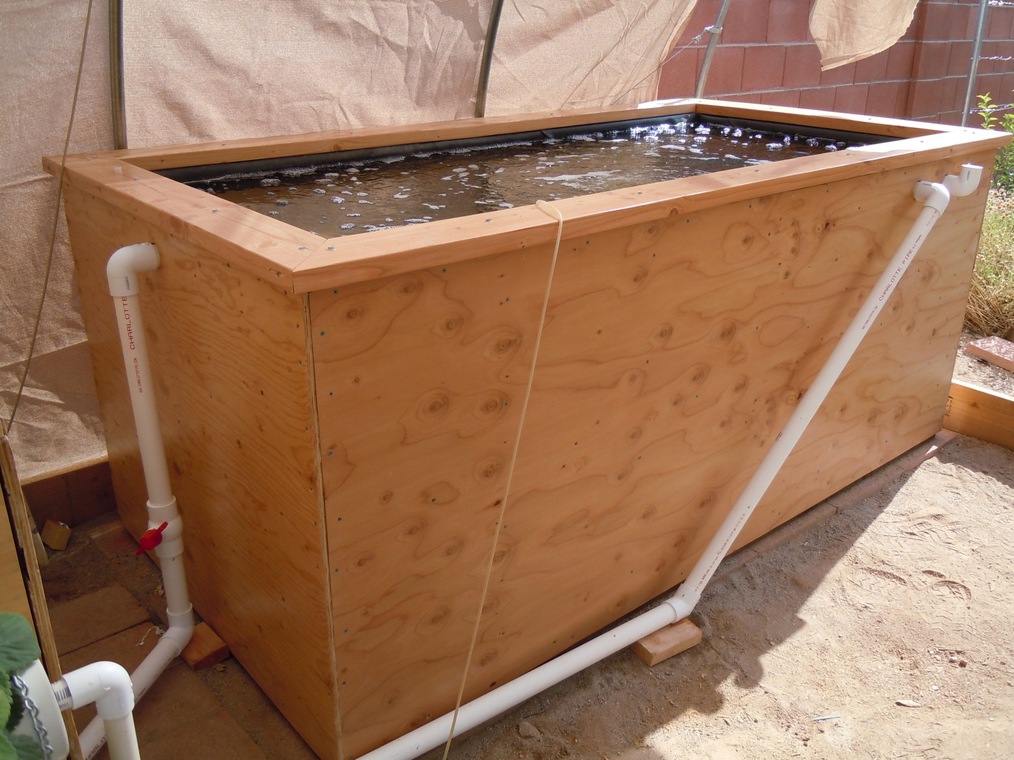 how to make a fish tub