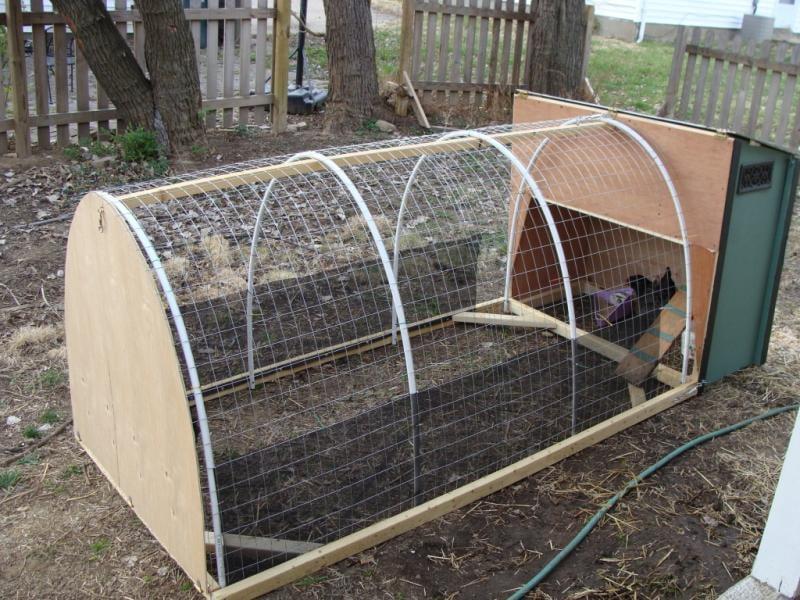 سلسلة بناء حظيرة للدجاج بالطرق 7tractor015.jpg
