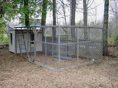 pictures of chicken coops and pens 2